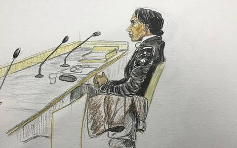 Hala E. bij een eerdere zitting. Tekening: Annet Zuurveen.
