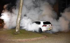 De brandweer moest weer uitrukken voor een autobrand.