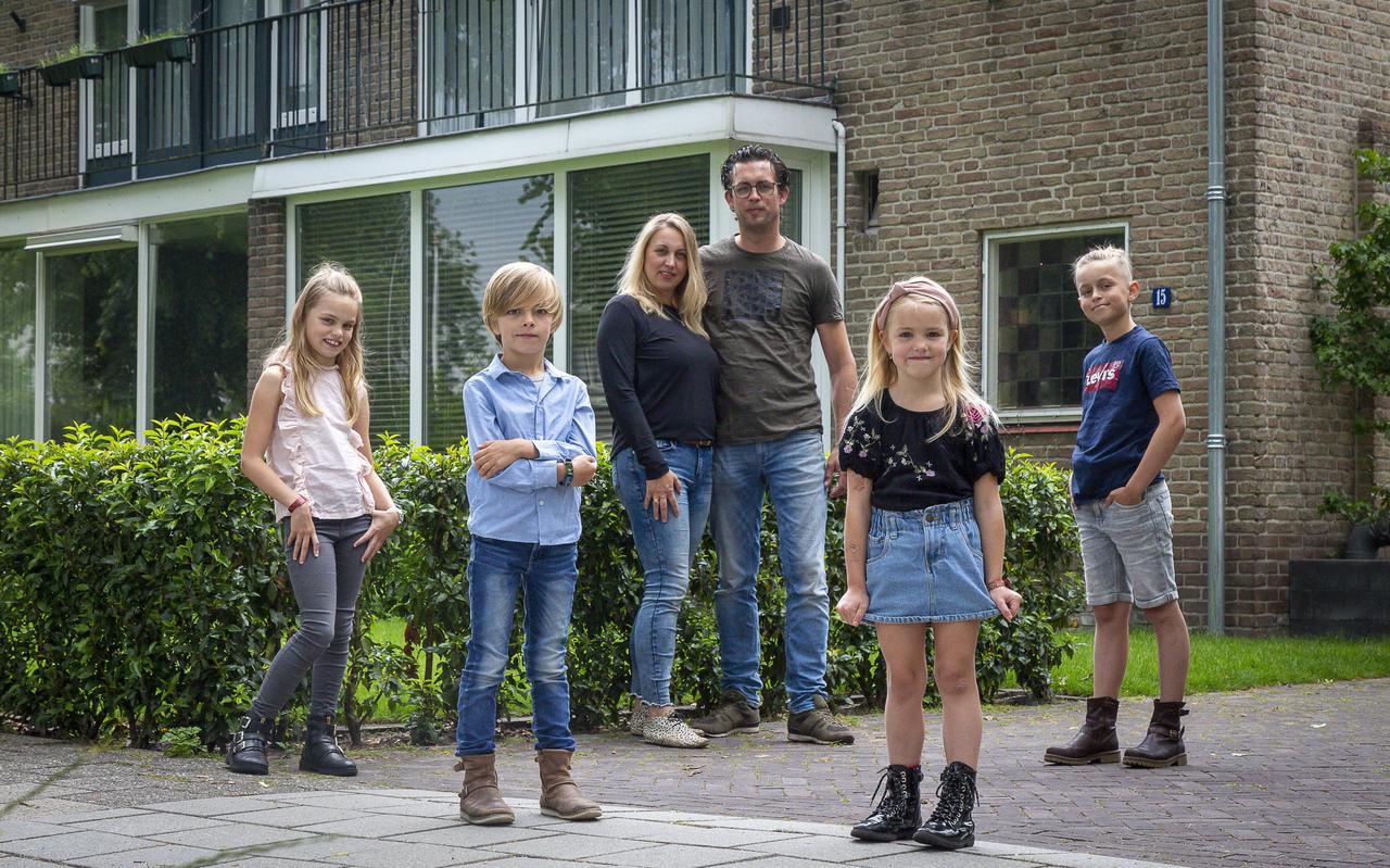 Ruben en Jolande de Boer en hun vier kinderen gaan emigreren naar Noorwegen.