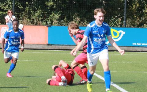 Finn van Kommer opende de score.