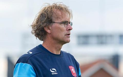 Theo ten Caat, voormalig voetballer.