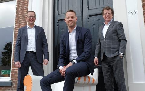 De nieuwe directie van Uiterwijk Winkel, met van links naar rechts Erik van der Laan, Marco Smit en Bart Uiterwijk Winkel.