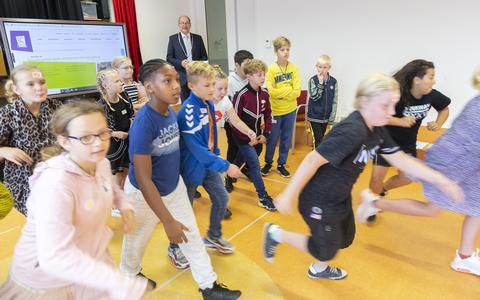 Burgemeester Loohuis opent Oktober Kindermaand op De Morgenster.