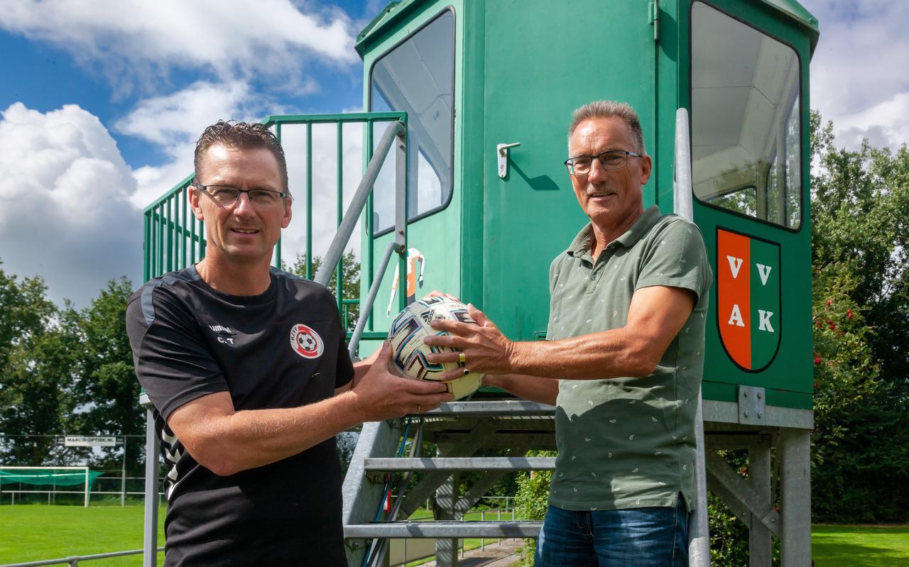 Cor en Henk Timmermand, Ereleden van HZVV en VVAK.