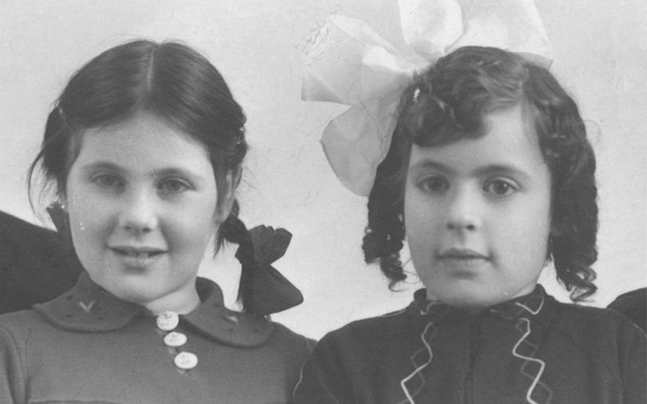 De zusjes Philipson.