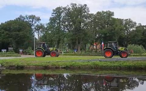 Boeren onderweg naar Assen